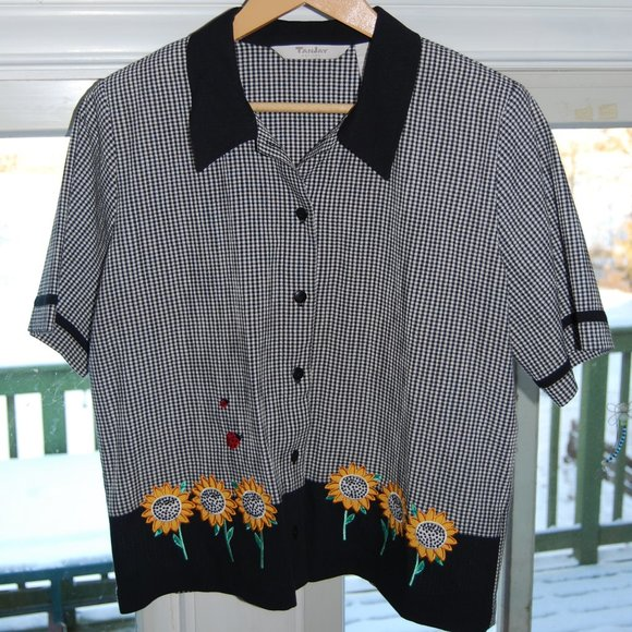 Sunflower Ladybug button down short sleeve